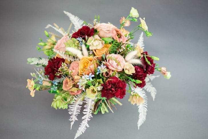 You Want DIY Floral Displays or a Florist